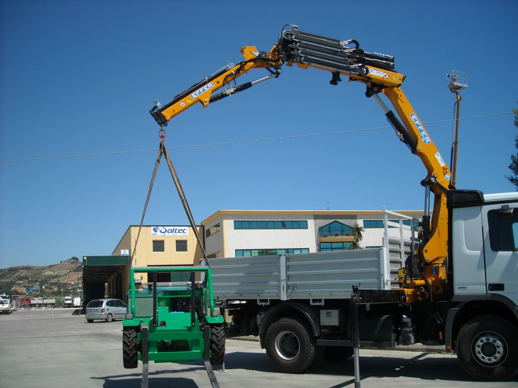 Effer-Crane-165-2