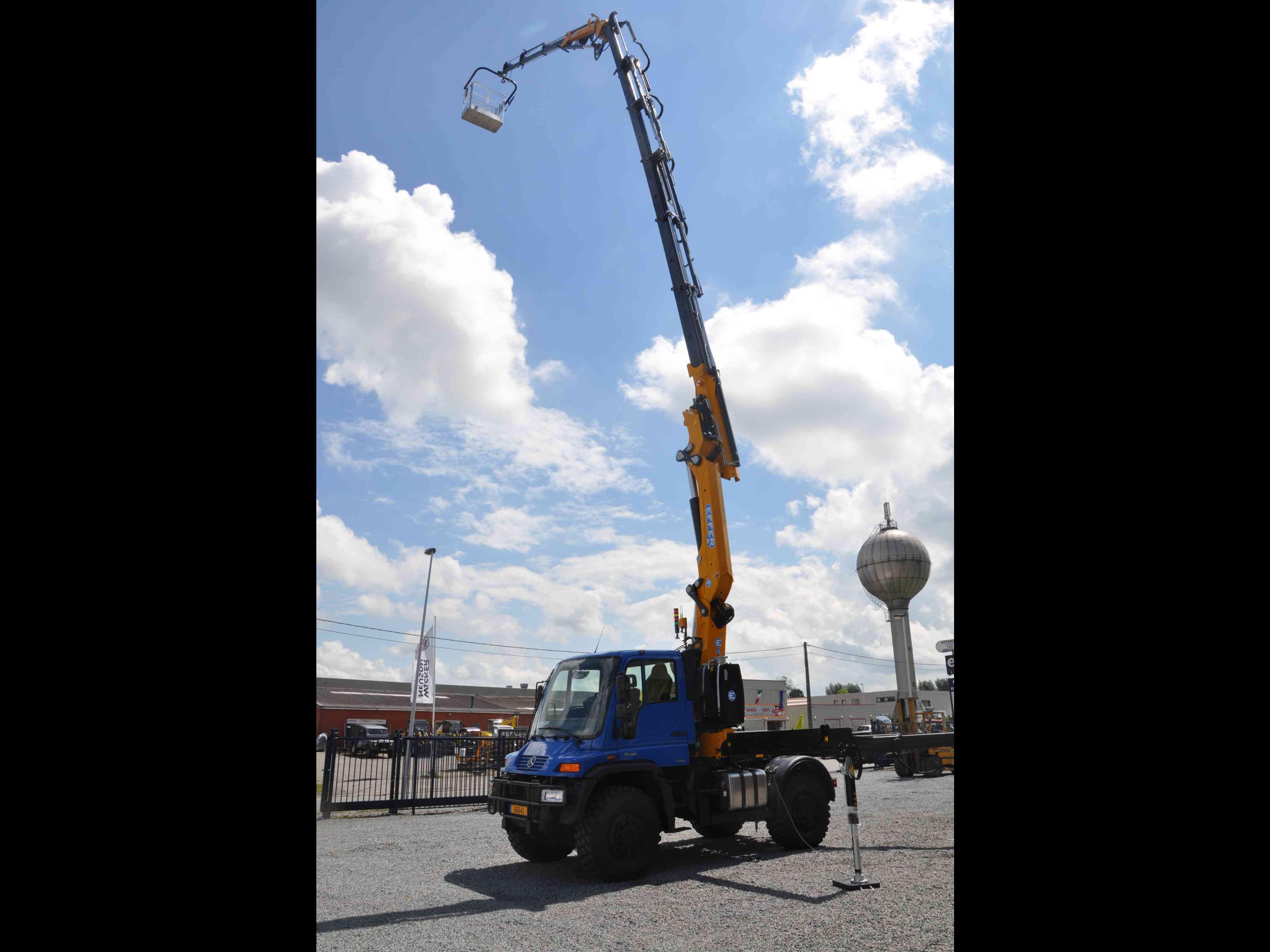 Effer-Crane-305-08