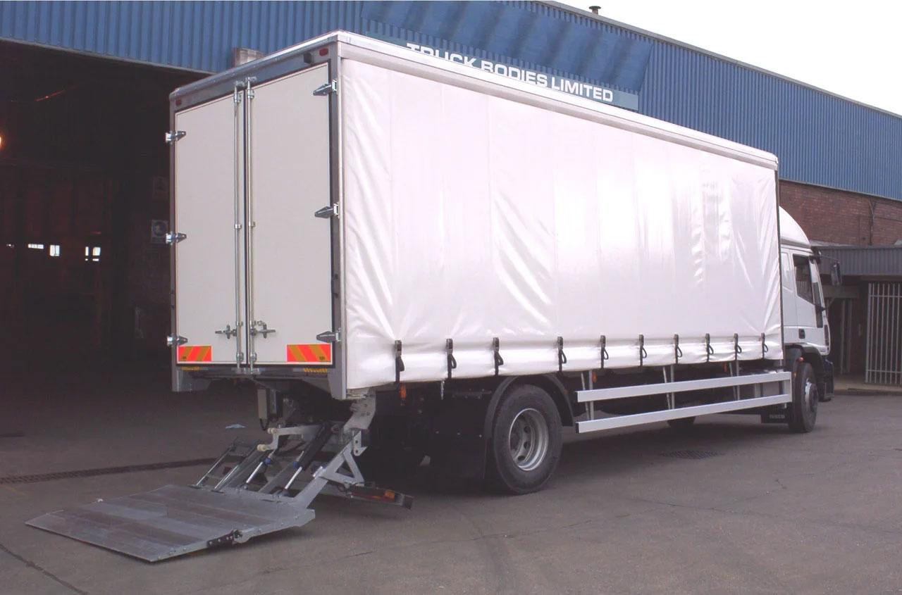 del-tail-lift-DA1500G-02