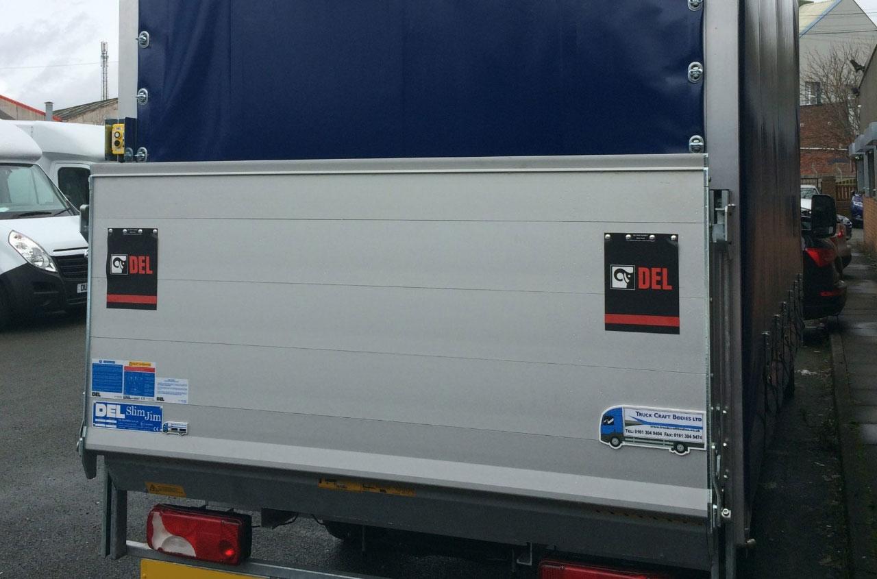 del-tail-lift-DL500G-04