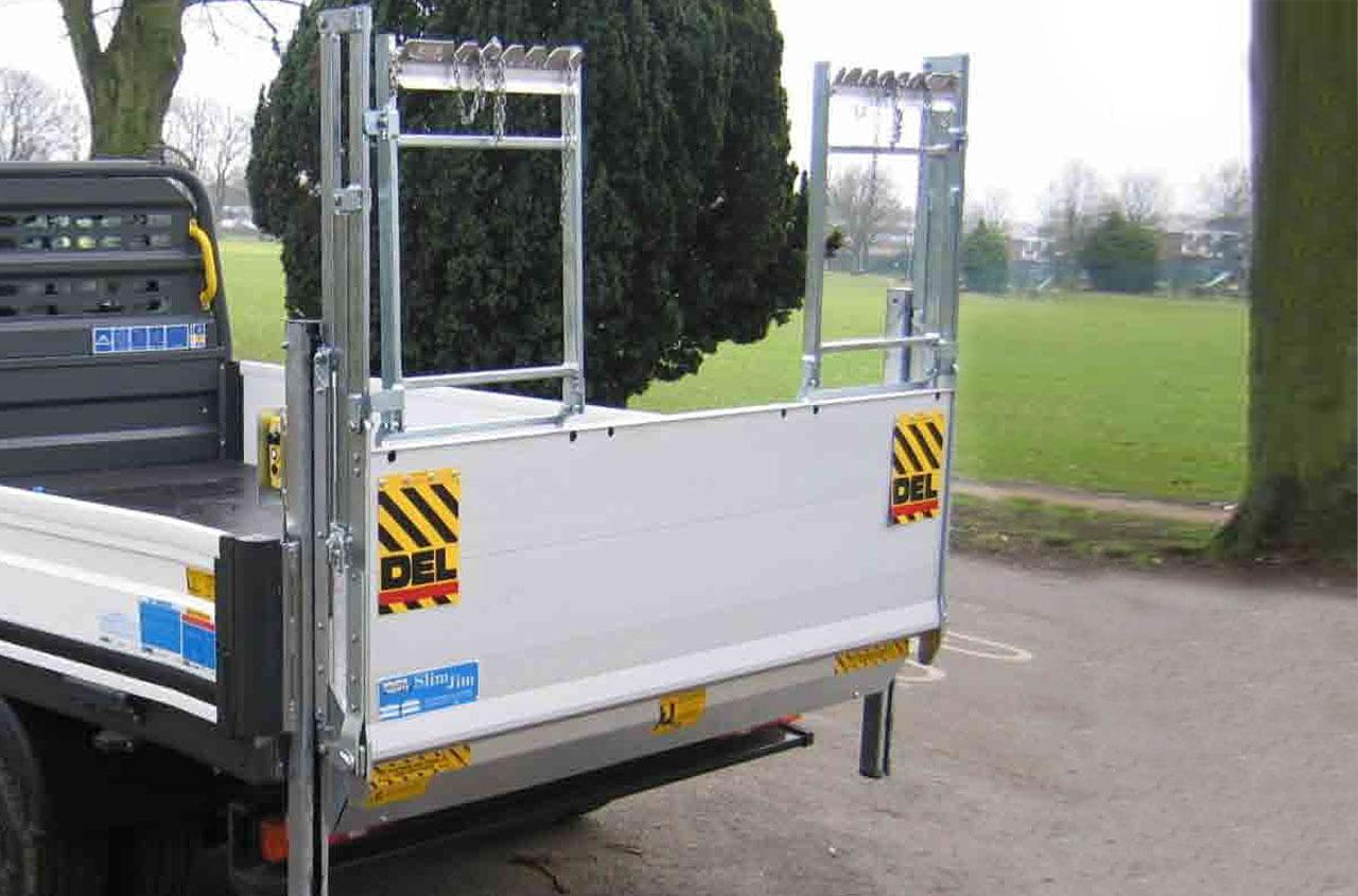 del-tail-lift-GB1500G