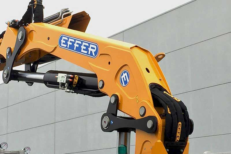 effer_205-2