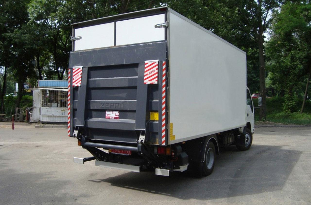 zepro-tail-lift-ZEPRO-Z10-135-01
